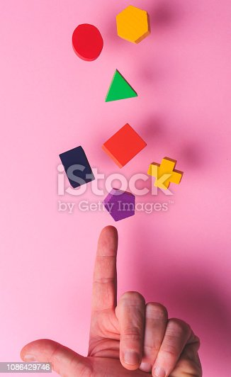 90871912istockphoto Toy wooden blocks 1086429746