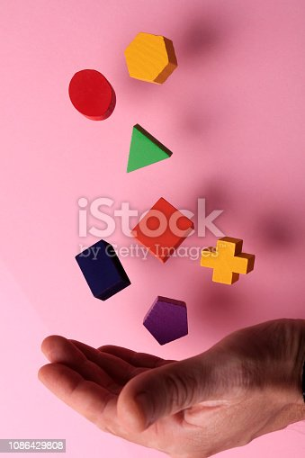 90871912istockphoto Toy wooden blocks 1086429808