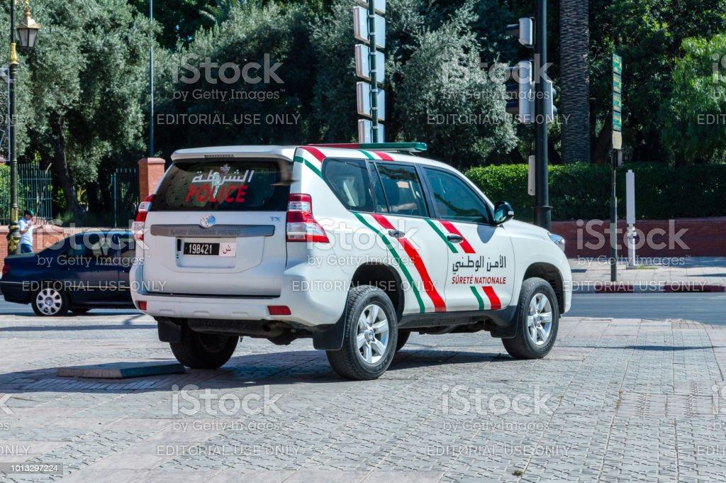 tout sur la Gendarmerie Royale - Page 4 Toyota-land-cruiser-prado-tx-belong-to-marrocan-police-or-surete-picture-id1013297224