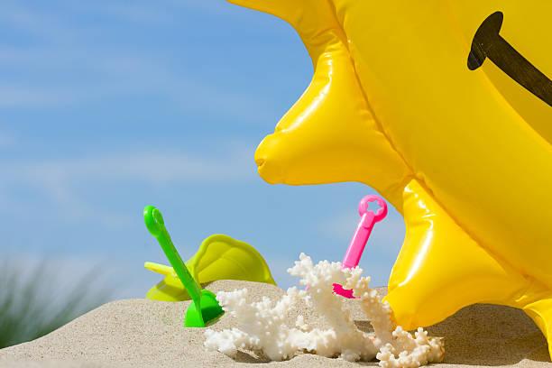 Spielzeug am Strand – Foto