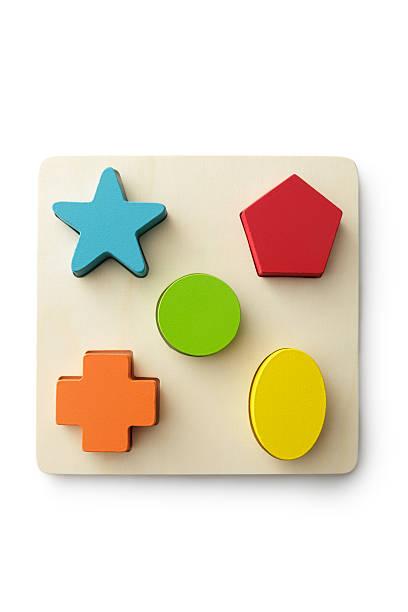 spielzeug: form puzzle - holzspielwaren stock-fotos und bilder