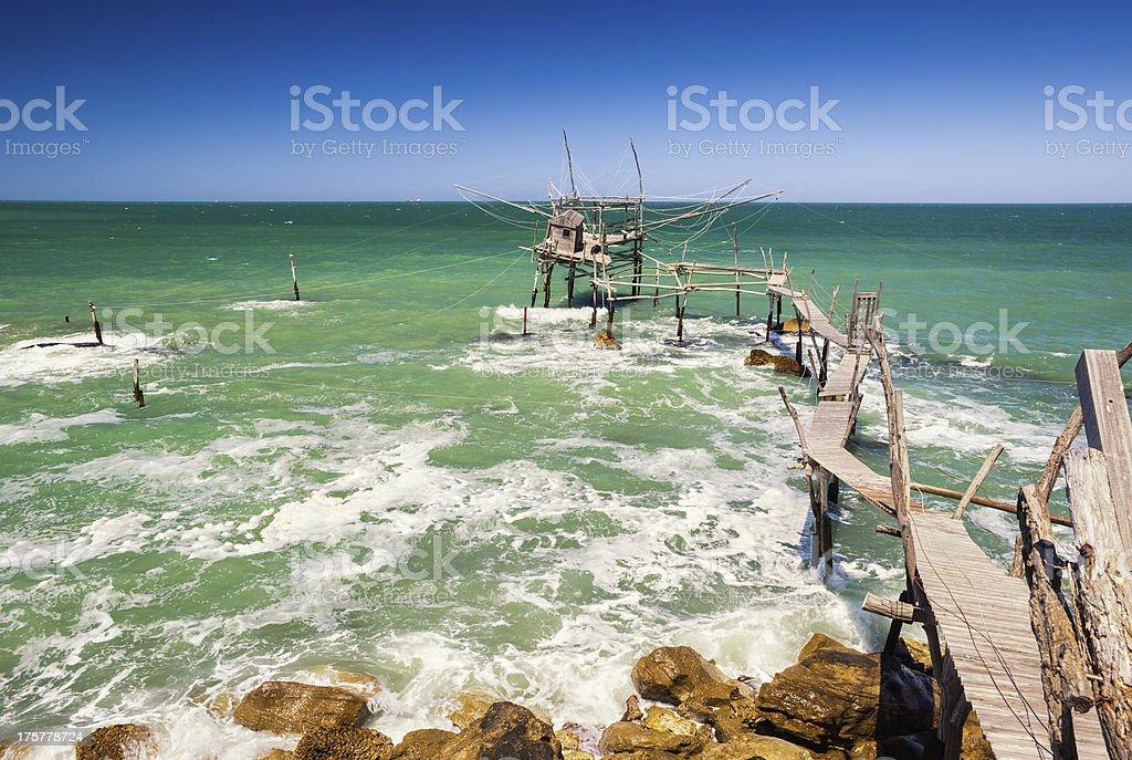 Trabocco połów platformy na wybrzeże adriatyckie, Abruzja Włochy – zdjęcie