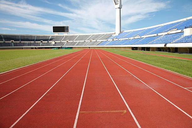 pistas de corrida e campo de treinamento - atletismo - fotografias e filmes do acervo