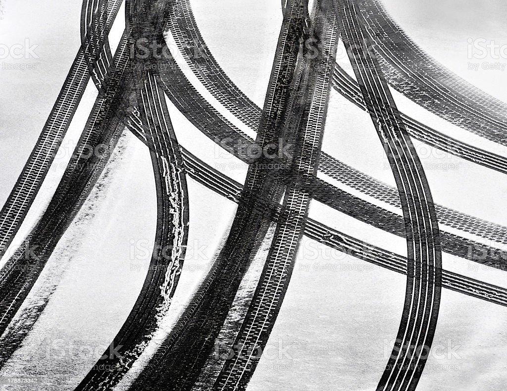 Tracks of car tires foto