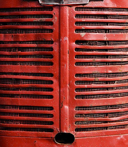traktor - rostrot stock-fotos und bilder