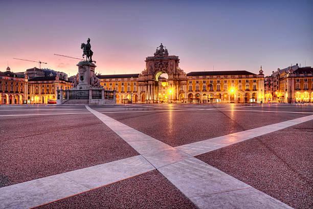 praça de comércio w lizbonie nie - lizbona zdjęcia i obrazy z banku zdjęć