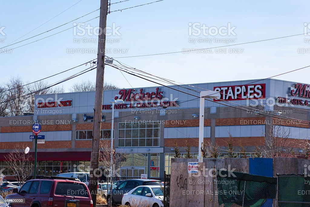 Trader Joes Michaels Staples Shopping Center stock photo