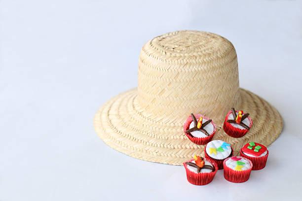 Traditionelle Brasilianisch hay Hut und cupcakes – Foto