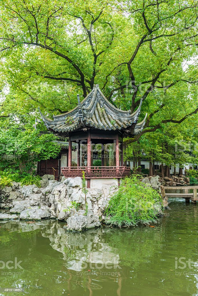 Traditional Chinese private garden - Yu Yuan, Shanghai, China stock photo