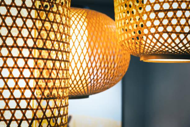 traditional chinese restaurant lamp - bambù materiale foto e immagini stock