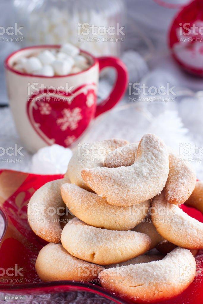 Traditionelles Weihnachtsgebäck.Traditionelles Weihnachtsgebäck Vanille Halbmonde Stockfoto Und Mehr