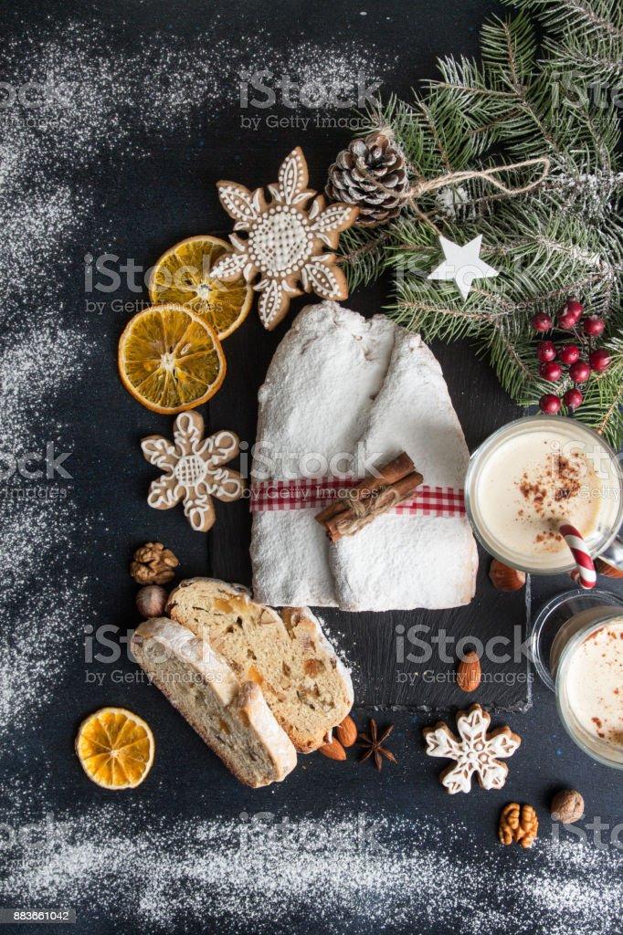 Weihnachtsessen Dresden.Traditionelle Weihnachten Dresden Kuchen Christstollen Mit