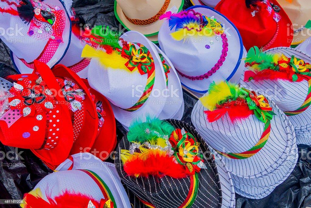 Tradicional colorida colombiano straw HAT de vendedores ambulantes en Colombia - foto de stock