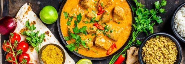 ingredientes e curry tradicional - caril - fotografias e filmes do acervo