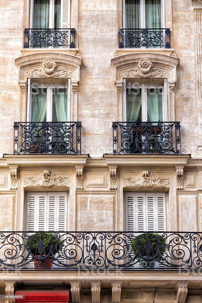 Traditionelle Fassade in Paris – Foto