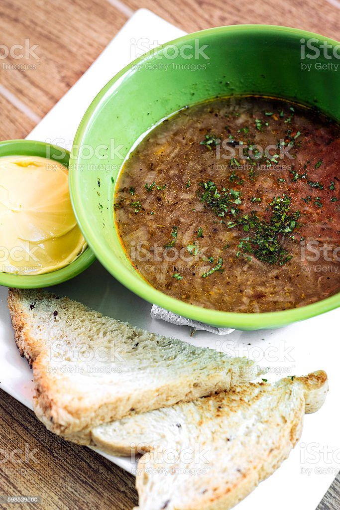 traditional french food onion soup meal with butter and toast photo libre de droits