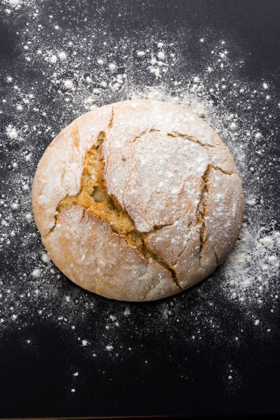 Traditional Fresh bread Traditional freshly baked loaf of bread round loaf stock pictures, royalty-free photos & images