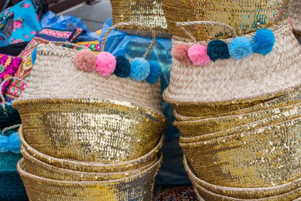 traditional handcrafts from saudi arabia - saudi national day zdjęcia i obrazy z banku zdjęć