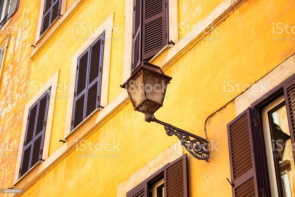 Traditional lamp in Rome royaltyfri bildbanksbilder
