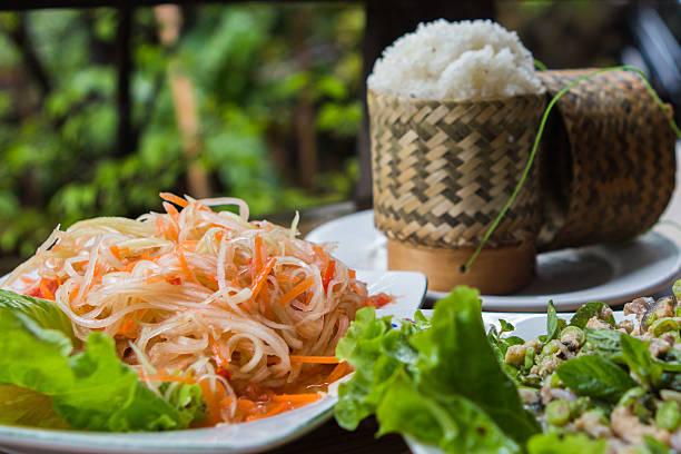 traditionelle lao küche - laos stock-fotos und bilder