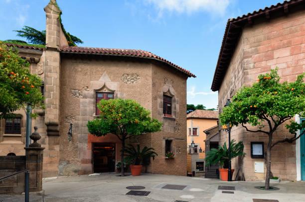 Resultado de imagen para pueblo tradicional español