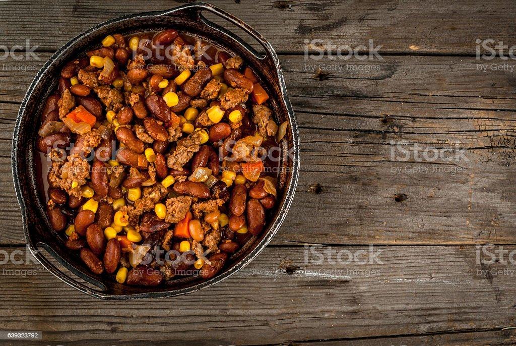 Traditional Mexican dish chilli con carne - foto de acervo