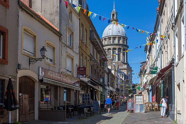 Traditional old buildings by street at boulogne-sur-mer at normandy france stok fotoğrafı