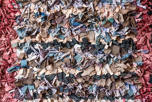 traditionelle orientalische teppiche  - hausgemachte teppichreiniger stock-fotos und bilder