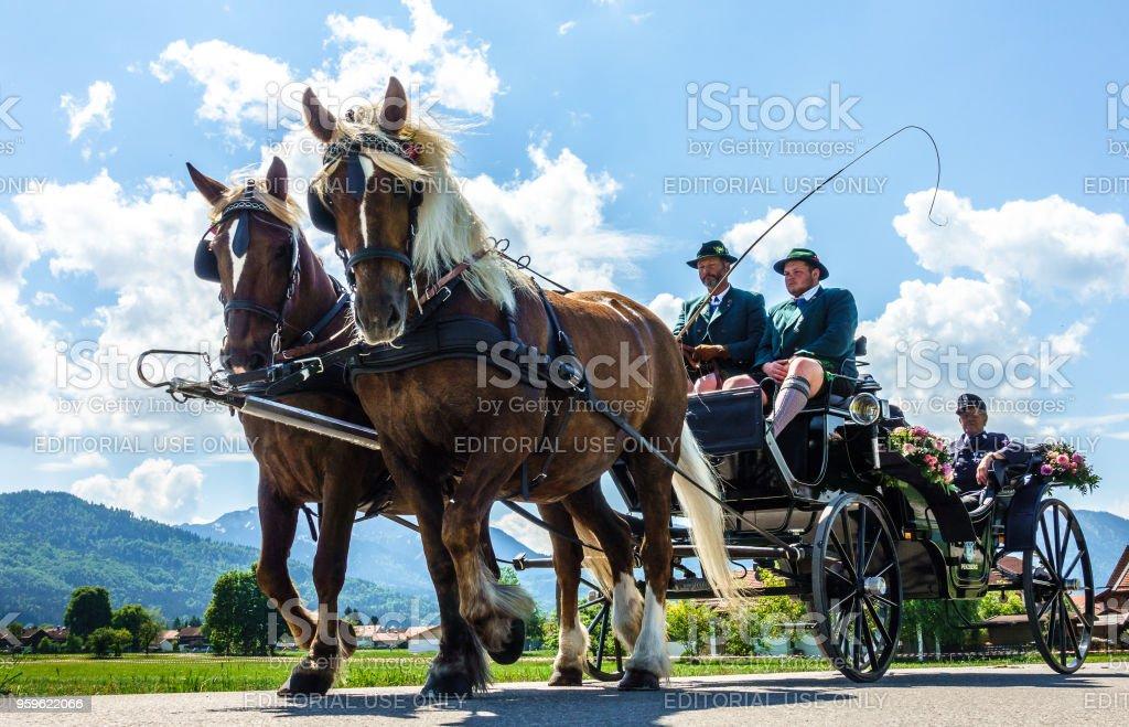 tradicional desfile en bichl - Baviera - Foto de stock de 2018 libre de derechos