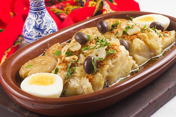 tradicional bacalhau português - cod imagens e fotografias de stock