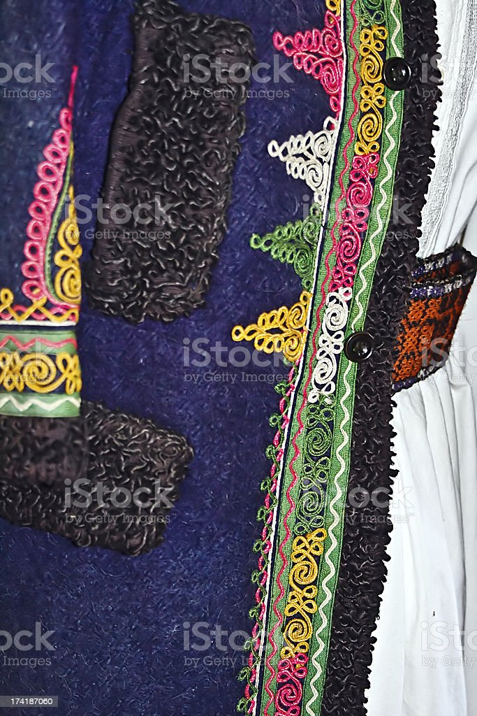 Roumaine traditionnelle costume traditionnel - Photo