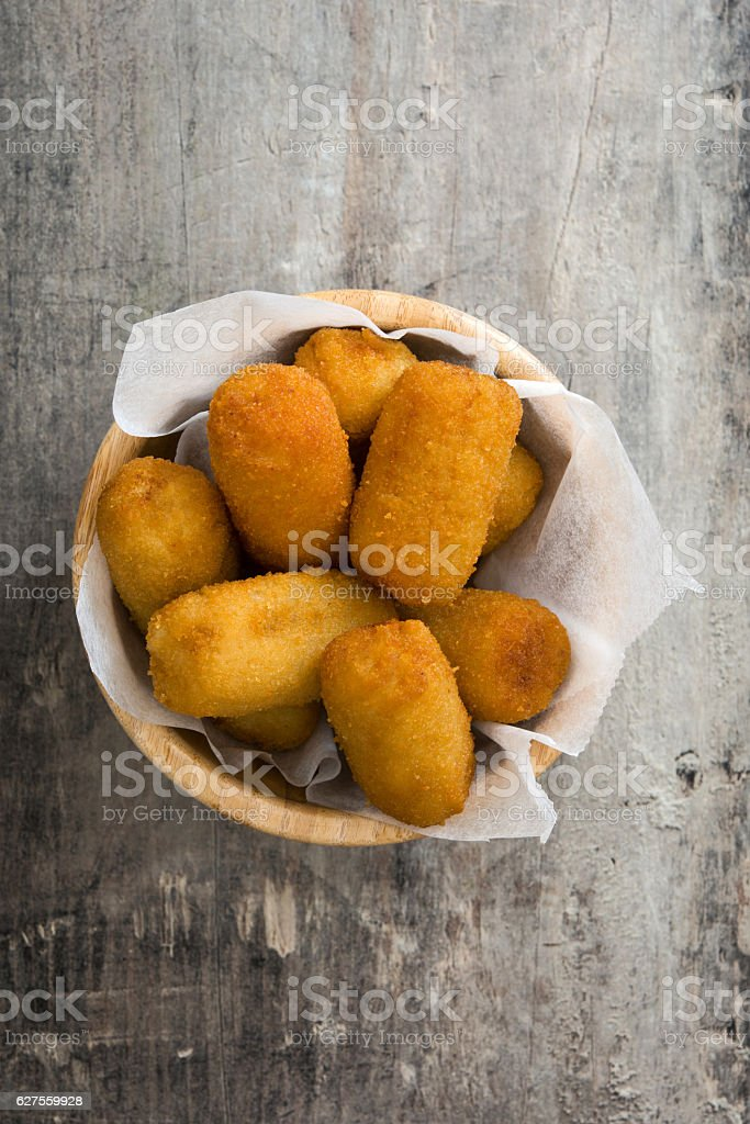 Traditional spanish croquettes - foto de acervo