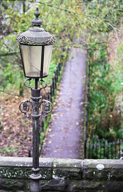 Parc streetlamp traditionnelle avec fond - Photo