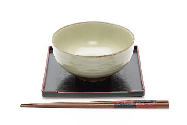 伝統的なアジアのテープルセッティング - ご飯茶碗 ストックフォトと画像
