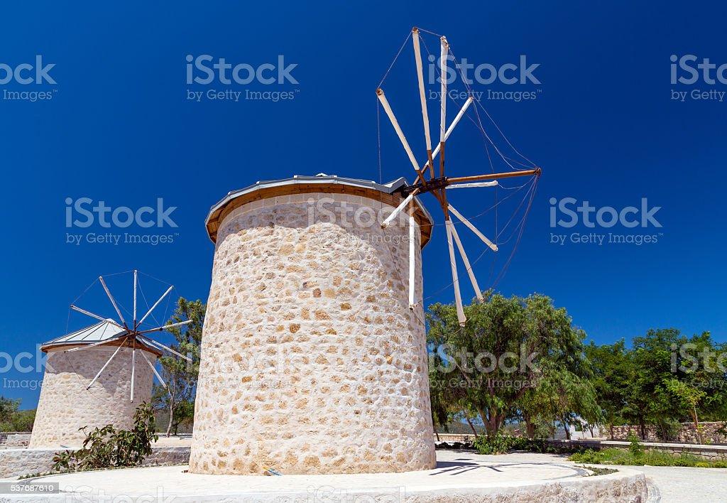 Traditional windmills in Alacati, Izmir province, Turkey foto