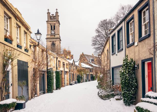 Traditional winter side street in Stockbridge, Edinburgh stock photo