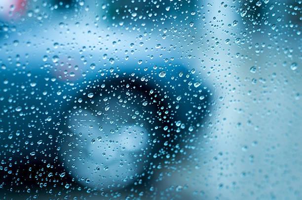 Verkehr in Regen – Foto
