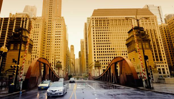 El tráfico en la ciudad de Chicago - foto de stock