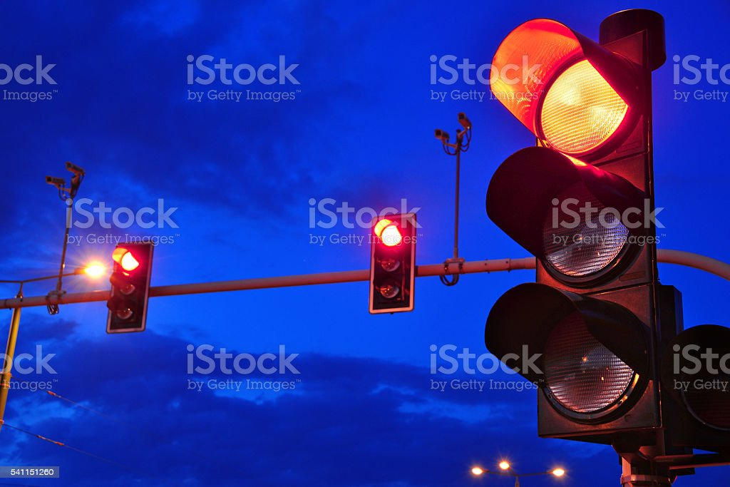 Traffic lights over sky after sunset - foto de acervo