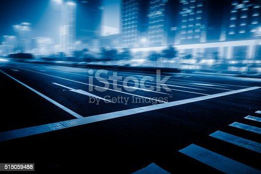 515009182 istock photo traffic night of city 515059488