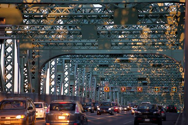 Feu sur le pont - Photo