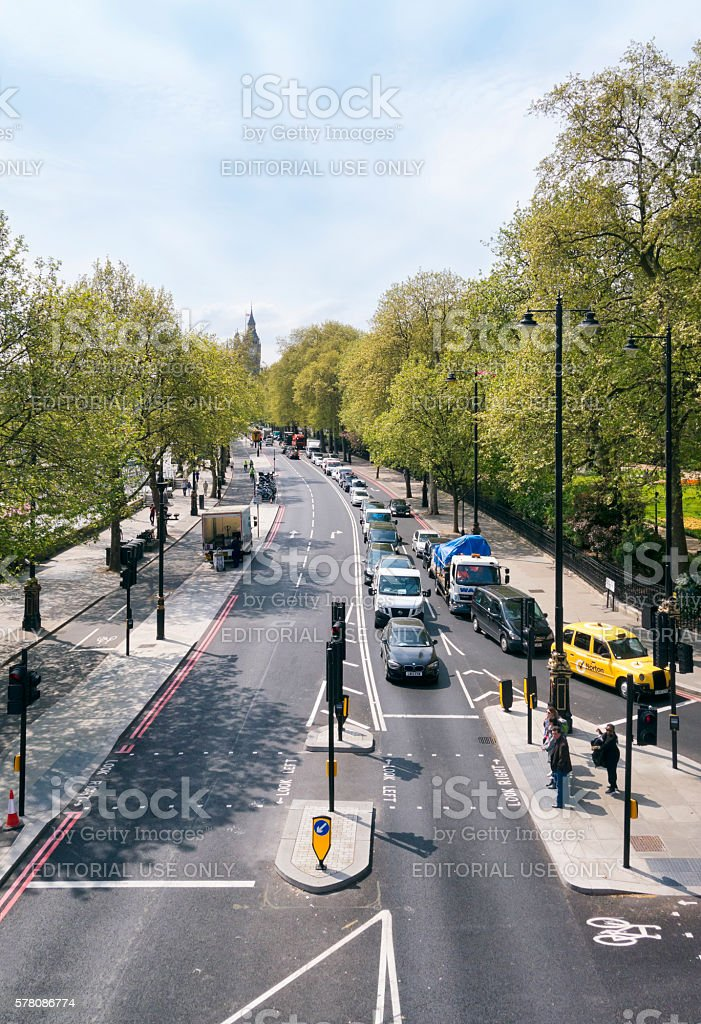 Traffic On The Victoria Embankment London Stock Photo 578086774 Istock