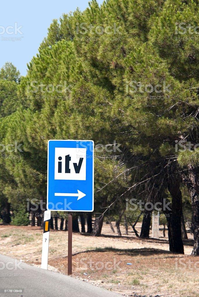 Señal de tráfico de la ITV-servicio de inspección - Foto de stock de Aire libre libre de derechos