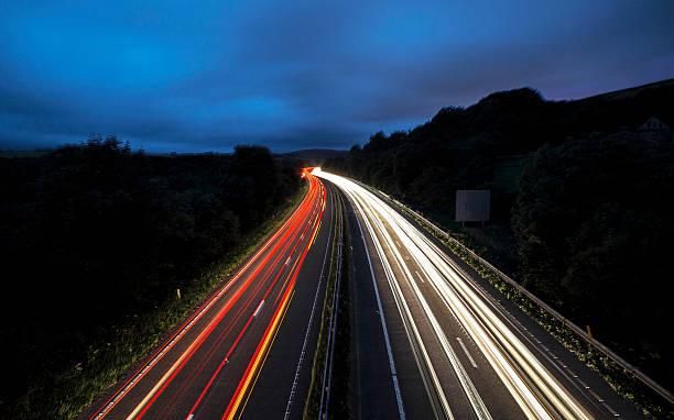 Traffic streaks – Foto