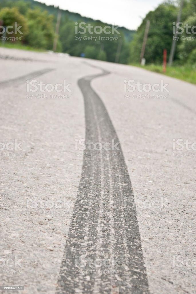 Trail of skid marks – Foto