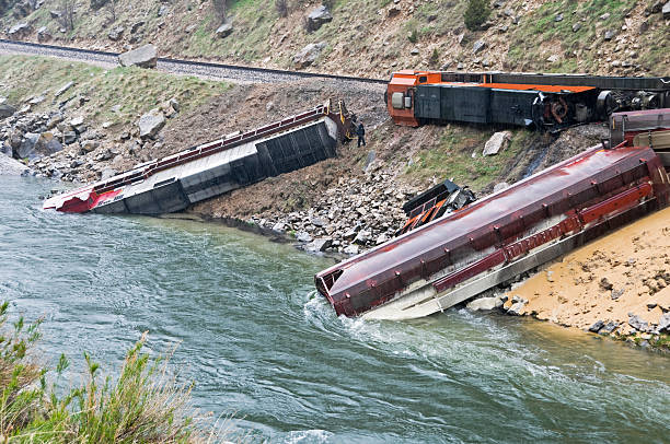 train derailment caused by landslide in wyoming - derail bildbanksfoton och bilder