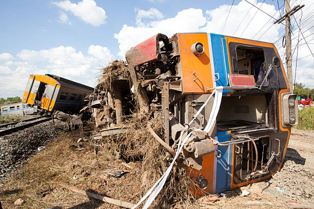 train derailment - derail bildbanksfoton och bilder