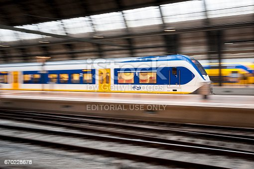 675796650 istock photo Train moving at Station 670228678