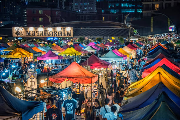 Train night market in Bangkok 8 March 2017, Colorful new Rod Fai market in Ratchadapisek in Bangkok night market stock pictures, royalty-free photos & images