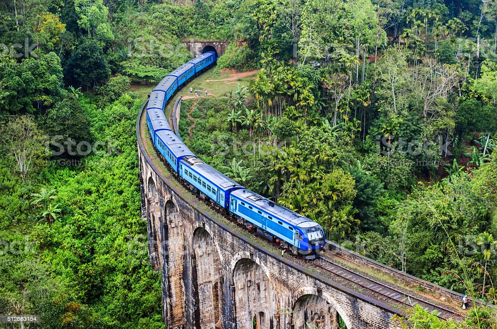 Train on Mountain, Sri Lanka Nine Arch Bridge stock photo